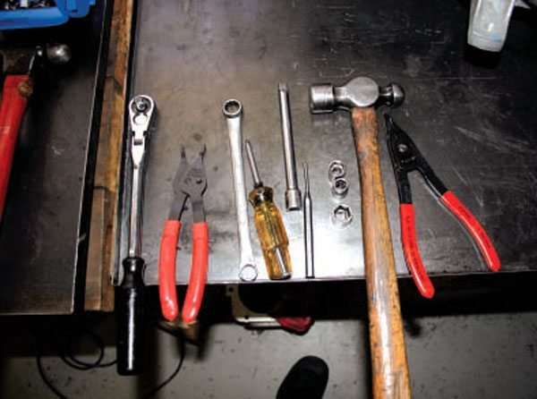 These are the very basic tools needed for a T5 build up. Access to a hydraulic press and a bearing clamp are necessary.