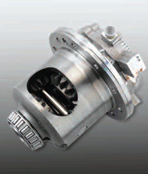 On this production eGerodisc limited-slip differential, you can see the electrically controlled solenoid valve on the cylindrical portion off the right side of the differential case. Unfortunately, the pump, piston, and clutch pack are enclosed and cannot be seen.