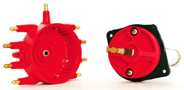Larger-diameter distributor caps are generally preferred to help prevent spark scatter by placing the terminals farther apart. The low-profile crab-style cap is smaller in diameter, but made from the best materi¬als so spark scatter is not an issue.