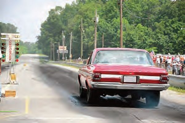 The action in this photo took place at Paradise Drag Strip in Calhoun, Georgia. It is still active.