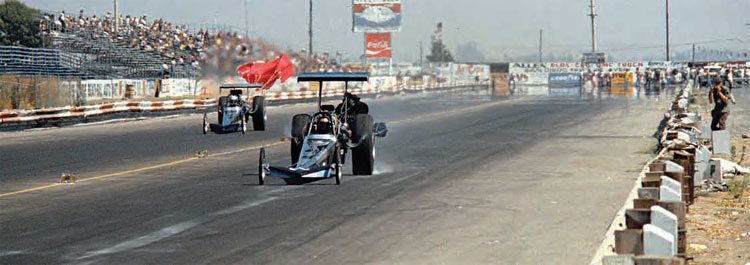 After Don Garlits' horrifi c clutch explosion at Lions in 1970, he set out on a mission to build a successful rear-engine dragster. Many had been constructed, but none of them had the success of the standard front-engine cars. By the late 1970s and early 1980s, the rear-engine design was a tried-and-true design with many safety features. (Photo Courtesy Don Gillespie Collection)
