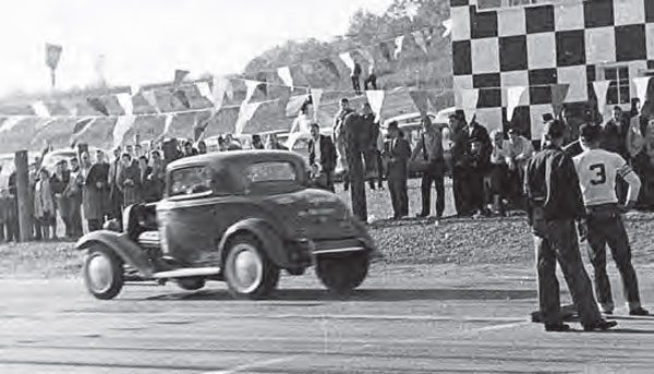 """If you're familiar with the """"big"""" Green Valley Raceway Drag Strip in Texas, then you might notice a theme with the checkered timing tower. Although the Glencoe, Alabama– based Green Valley had no affiliation with the other one, it served as a great destination for big-time races in the area. (Photo Courtesy Larry Rose Collection)"""