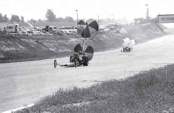 Riverside had a long racing surface, and even hosted the SCTA Half Mile Drags in the 1960s. Here a pair of dragsters comes to a halt with the assistance of parachutes. In the upper right corner of the frame, you can see the catwalk, which made an interesting vantage point. (Photo Courtesy Riverside International Automotive Museum and Petersen Automotive Museum)