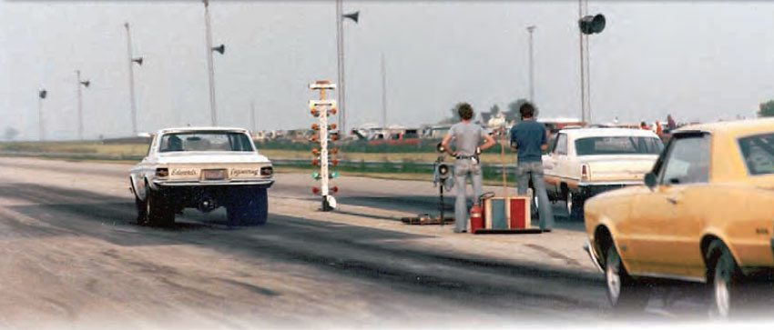 From behind the burnout box, you really get an idea of the extremely flat landscape of Motion Raceway. The actual racing surface was very wide, giving racers plenty of room to do their thing. Speaking of which, Gerald Edwards in his Mopar and Bob Kimbro in his Nova are doing just that, while Earl Hendricks in his GTO waits his turn. (Photo Courtesy Steve Jackson)