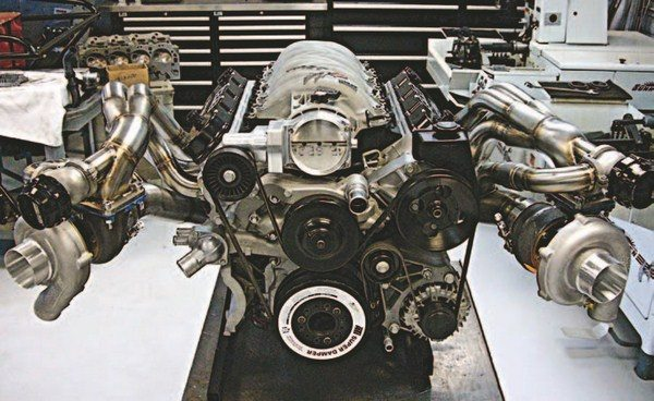 Fig. 3.20. Turbos are all the rage these days, and this twin-turbocharged 427-ci LS3 delivers performance in spades. The GM factory ECU from a 2011 Camaro provides engine management. This combination was good for more than 1,350 hp. Beck Racing Engines built and tuned this engine.