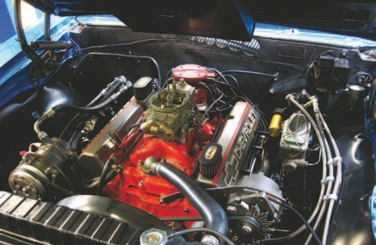 Fig. 5.6. Keith's 383 was fitted with a Holley HP-series 750-cfm double-pumper carburetor for years and he's been very happy with the performance. Before he and I met, he had actually been considering an EFI conversion to improve fuel economy so this couldn't have worked out better.