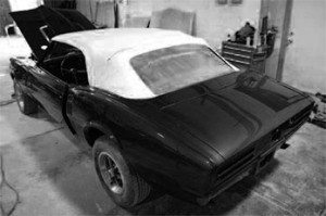 How to Restore Convertible Tops in Muscle Cars